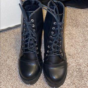 Windsor Combat Boots
